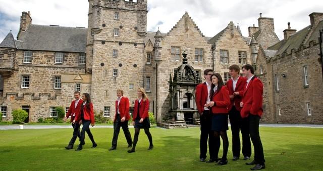 Irlanda schools